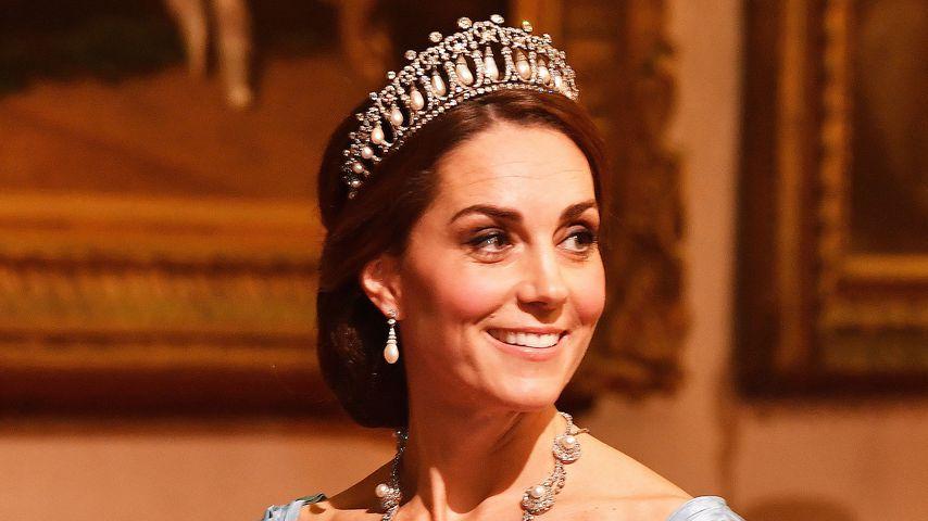 Herzogin Kates schlimmstes Kleid? Das sagen Promiflash-Leser
