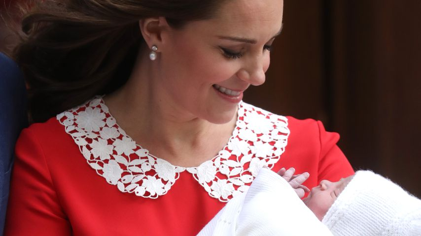 Fans sind sich sicher: Prinz Louis sieht aus wie Mama Kate!