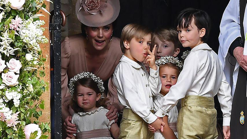 Herzogin Kate, Prinzessin Charlotte und die Blumenkinder bei Pippa Middletons Hochzeit