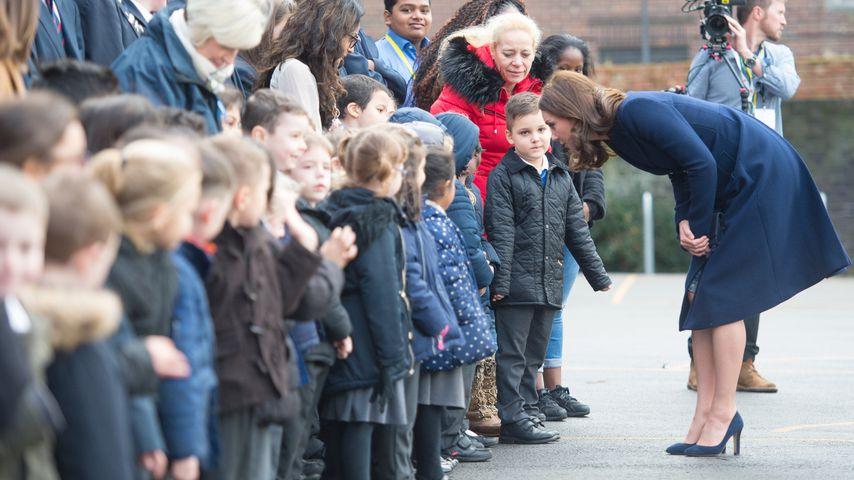 Die Herzogin zu Besuch in der Reach Academy in Feltham, London
