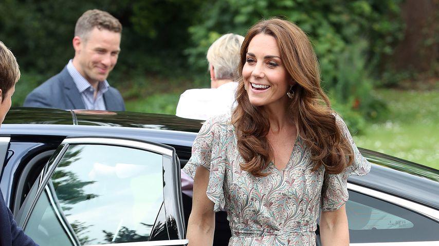 Herrlich sommerlich: Herzogin Kate verzaubert im Kleidchen