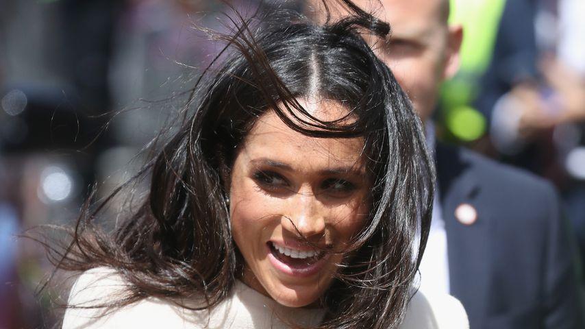 Gemeinsamer Auto-Einstieg: Meghan liefert Fauxpas vor Queen!