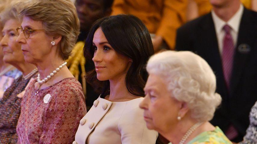 Herzogin Meghan und Queen Elizabeth II. im Buckingham-Palast im Juni 2018