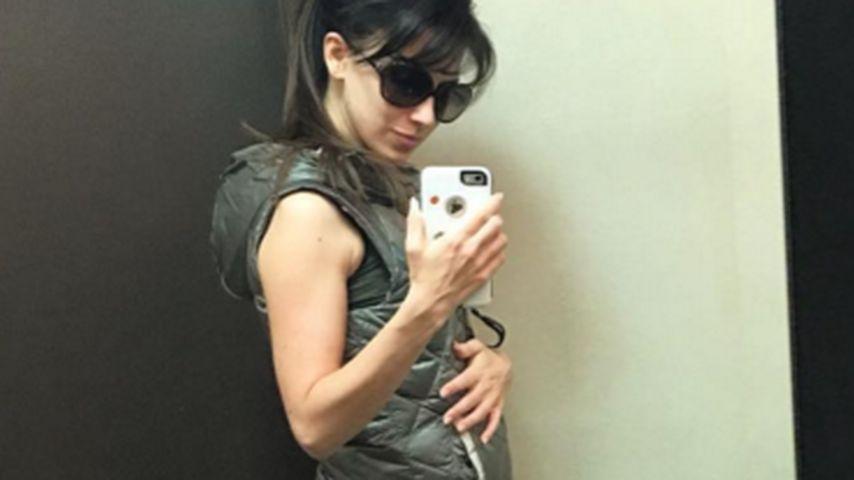 """Ungeplantes"" 3. Baby: Hilaria Baldwin zeigt ihre Mini-Kugel"