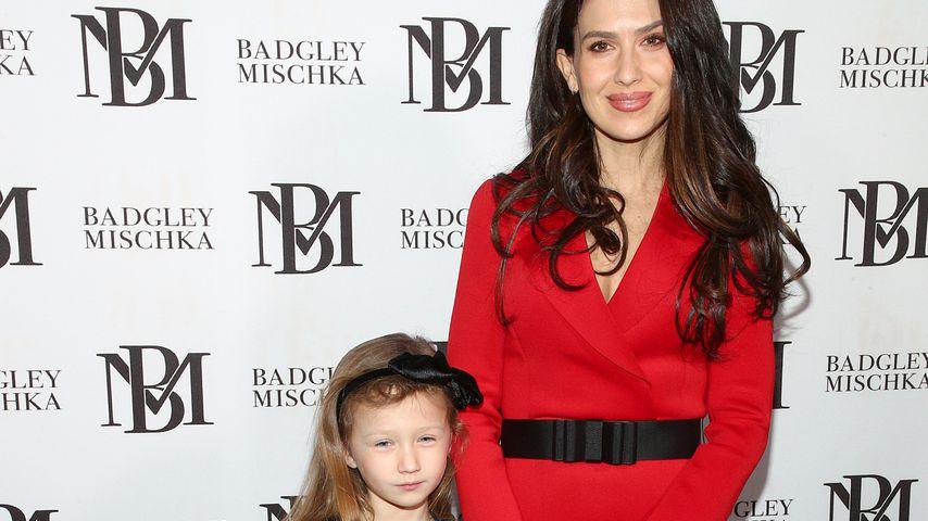 Hilaria Baldwin mit Töchterchen Carmen, Februar 2020