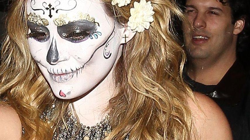 Hilary Duff: Halloween im glamourösen Toten-Kostüm