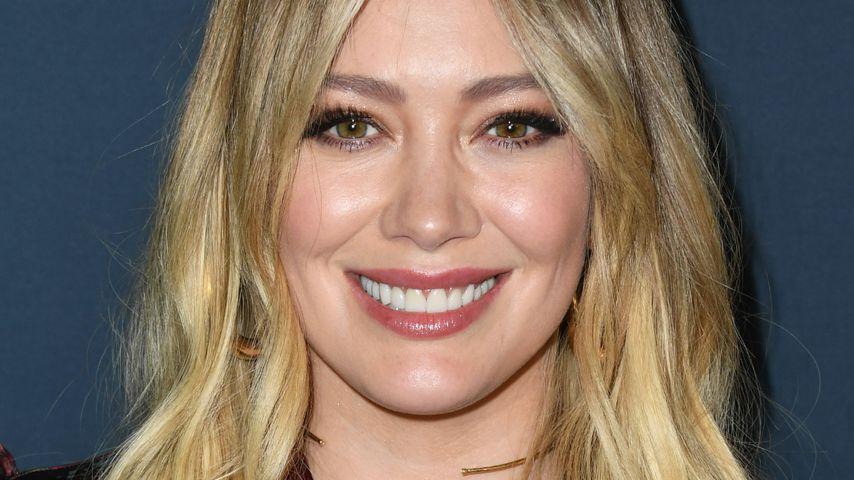 Nach Baby-News: Hilary Duff versteckt Bauch beim Stadtbummel