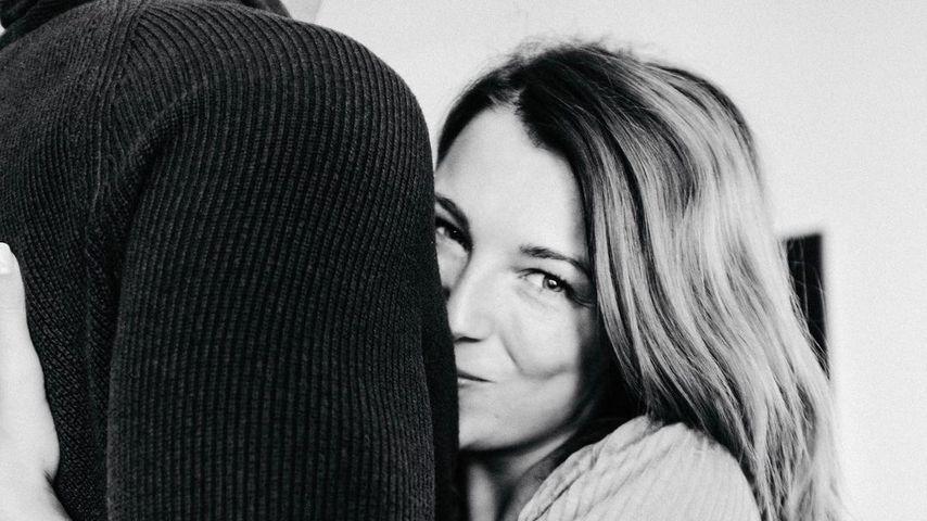 Zehn Jahre zusammen: GZSZ-Iris widmet ihrem Mann süßen Post