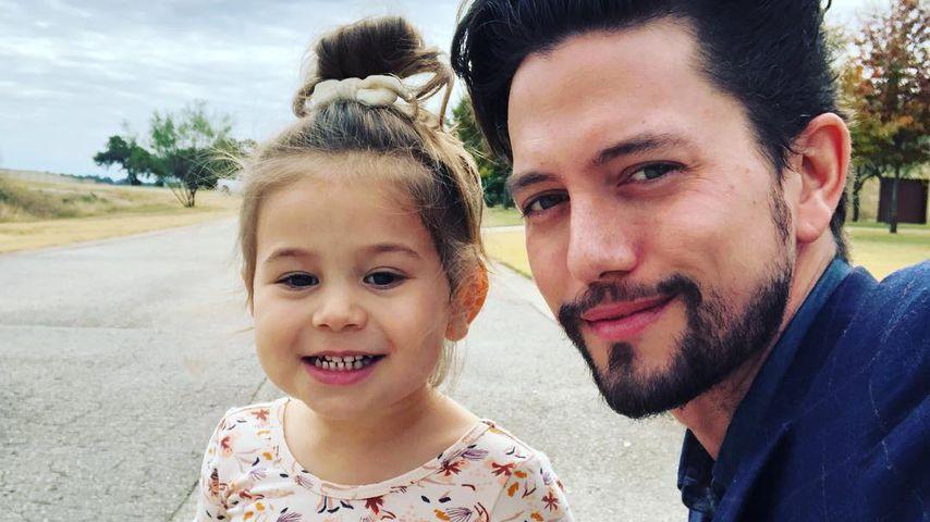 Jackson Rathbone mit seiner Tochter Presley