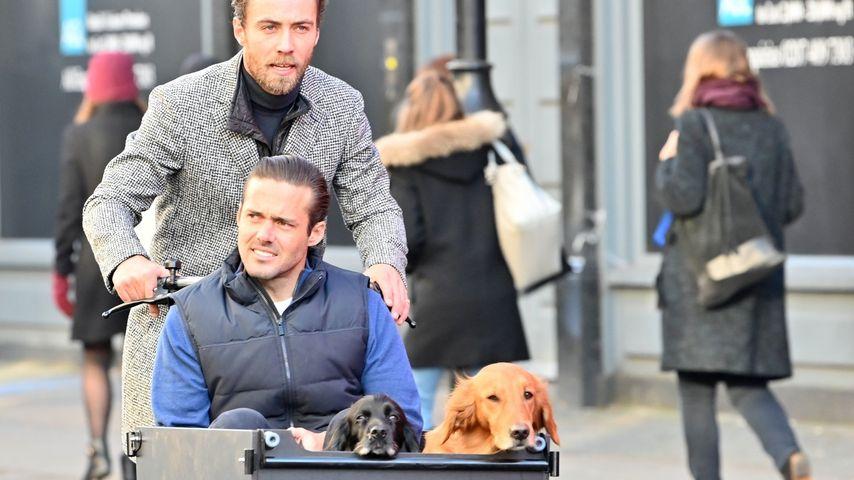 Stark! James Middleton kutschiert Hunde und Schwager mit Rad