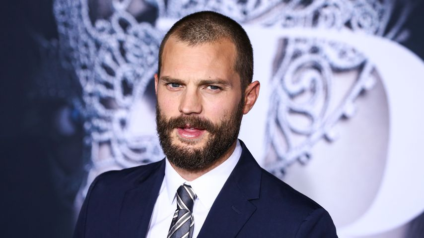 """Shades of Grey""-Hype: Fans sexen hinter Jamie Dornans Haus!"