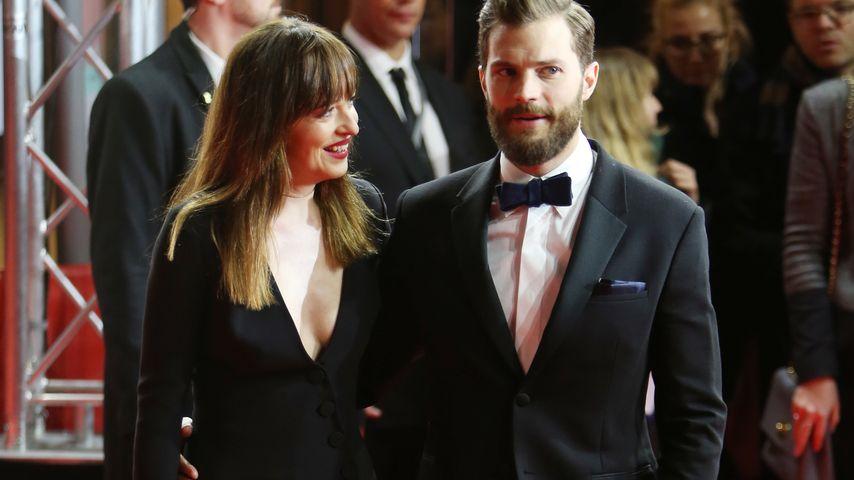 """Dakota Johnson und Jamie Dornan auf der Berliner Premiere von """"Fifty Shades of Grey"""""""