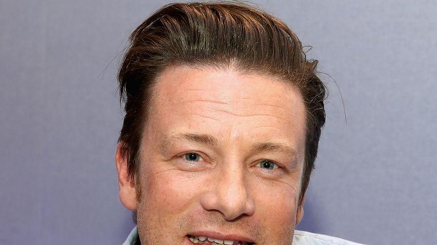 """Jamie Oliver zu Besuch beim Radiosender """"Magic FM"""""""