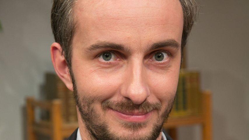 """Jan Böhmermann zu Gast in bei """"Willkommen Österreich"""" mit Stermann & Grissmann"""