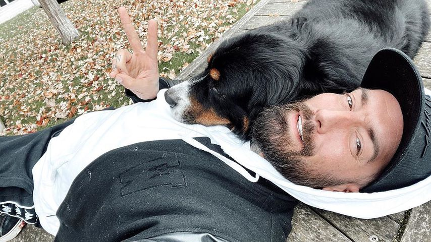 Jan Leyk mit Hund Bruno, November 2019