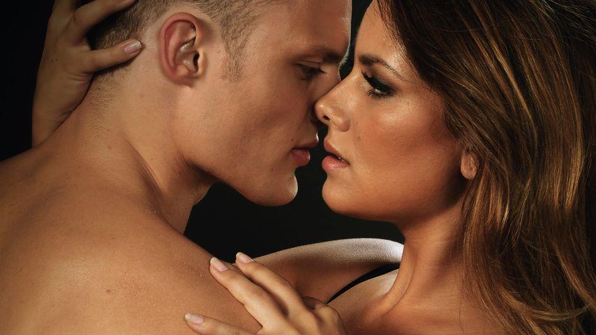 Sexy! GZSZ-Janina Uhse beweist Model-Qualitäten