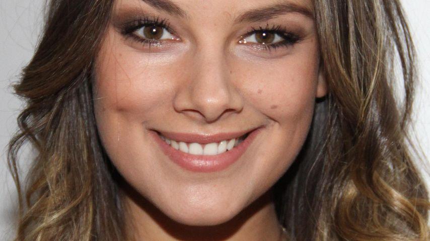 GZSZ-Star Janina Uhse ist total verliebt!