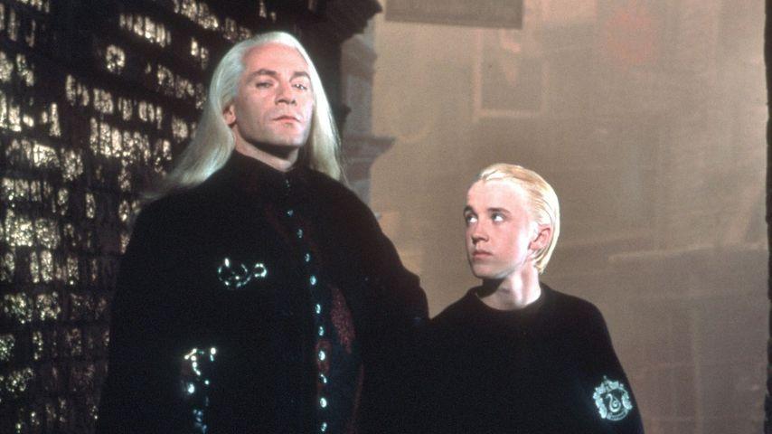 """Jason Isaacs & Tom Felton als Lucius & Draco Malfoy in """"Harry Potter und die Kammer des Schreckens"""""""