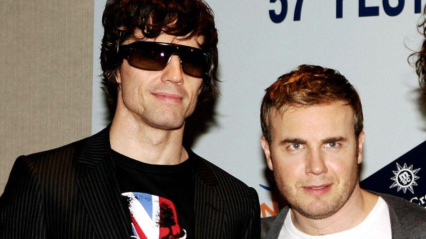 Jason Orange und Gary Barlow bei einer Pressekonferenz 2007