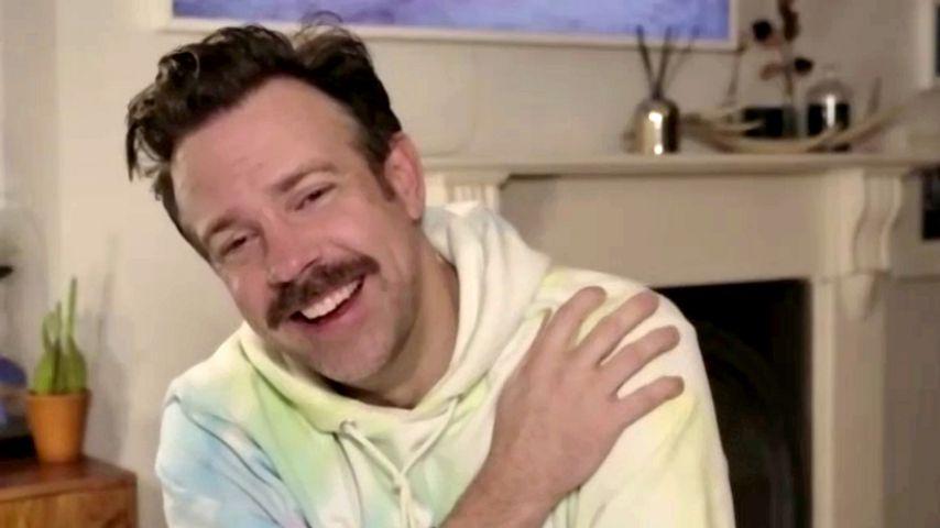 Bei den Golden Globes: Jason Sudeikis trägt einen Hoodie!