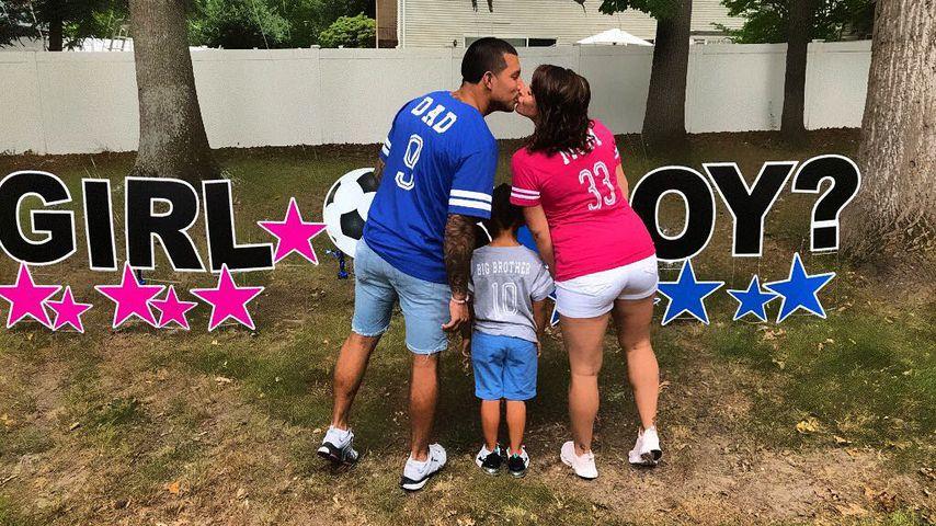 Javi Marroquin mit Lauren Comeau und seinem Sohn Lincoln (Mitte)