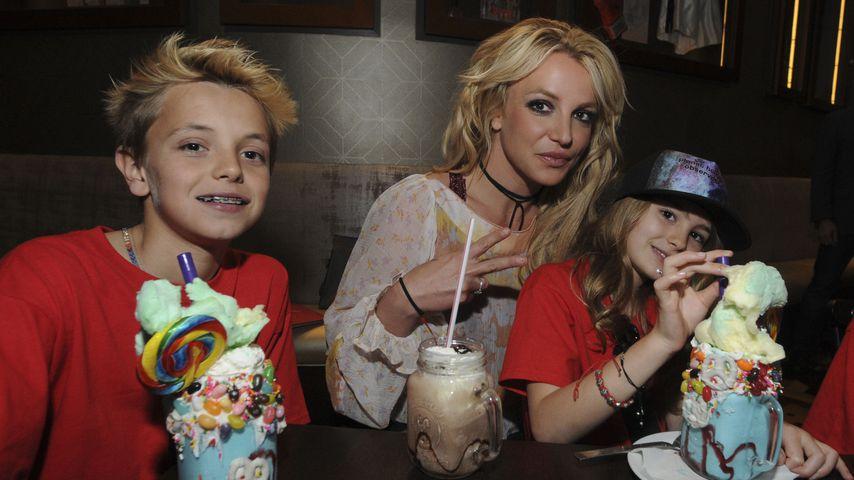 Schaum-Party bei Familie Spears: Britneys Söhne haben Spaß!