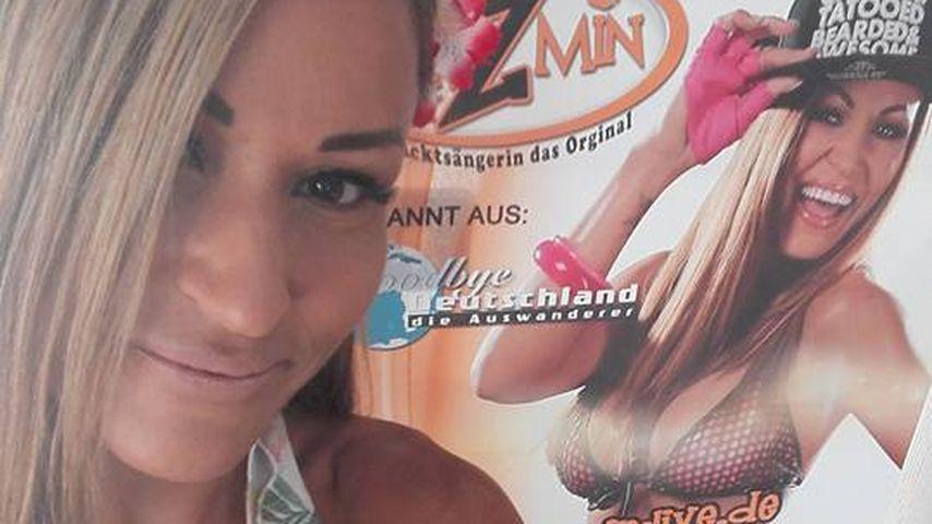 Berufsrisiko: Nacktsängerin Jazmin gesteht Perioden-Unfall