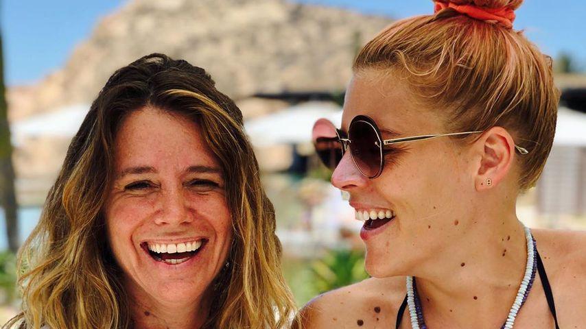Jen Gotch und Busy Philipps im Juni 2019 in Mexico