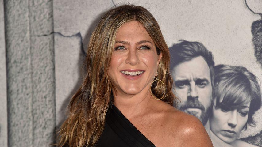 Baby? Jennifer Aniston verblüfft mit Bäuchlein