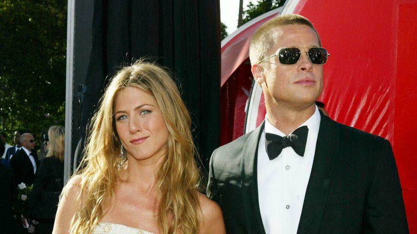 Jennifer Aniston und ihr erster Ehemann Brad Pitt bei den 56. Annual Primetime Emmy Awards