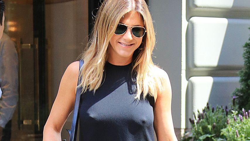 Hollywood-Nippelschau! Jennifer Aniston ohne BH unterwegs