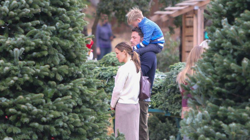 Familienausflug: Jennifer Garner und Ben kaufen Christbaum