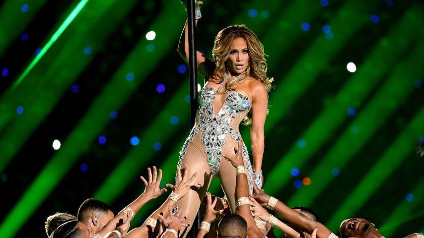 Heiß diskutierter Super-Bowl-Auftritt: Jetzt reagiert J.Lo