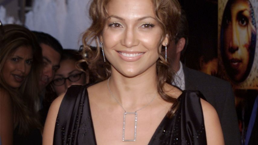 "Jennifer Lopez bei der ""The Cell""-Premiere in Century City im August 2000"