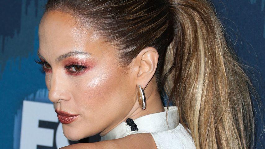 Puder-Maske: Jennifer Lopez macht sich zum Clown