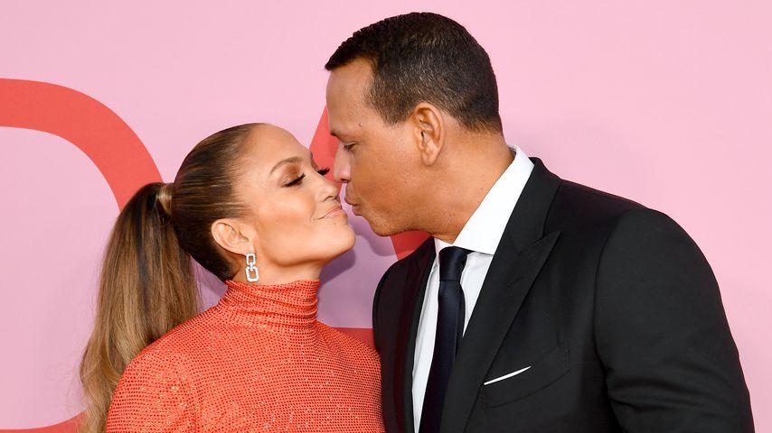 Jennifer Lopez und Alex Rodriguez bei den CFDA Awards 2019