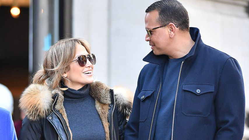 JLo & Alex: Verliebter Spaziergang in New York – mit Mama!