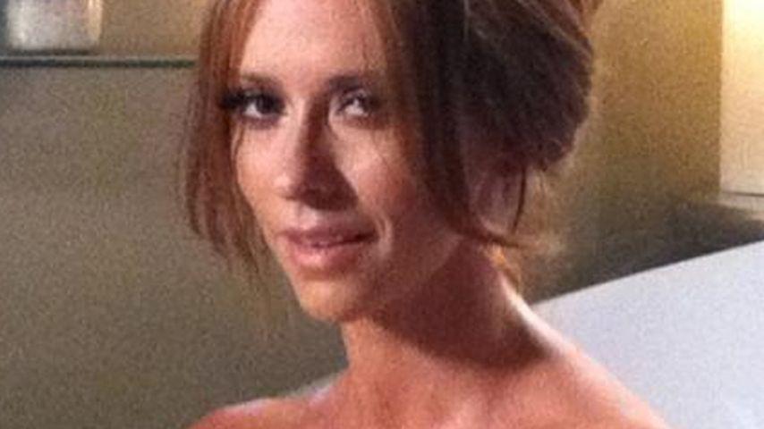 Sexy! Jennifer Love Hewitt plantscht in der Wanne