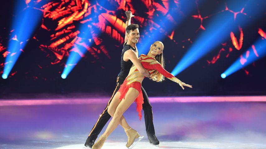 "Jenny Elvers mit ihrem ""Dancing on Ice""-Partner Jamal"