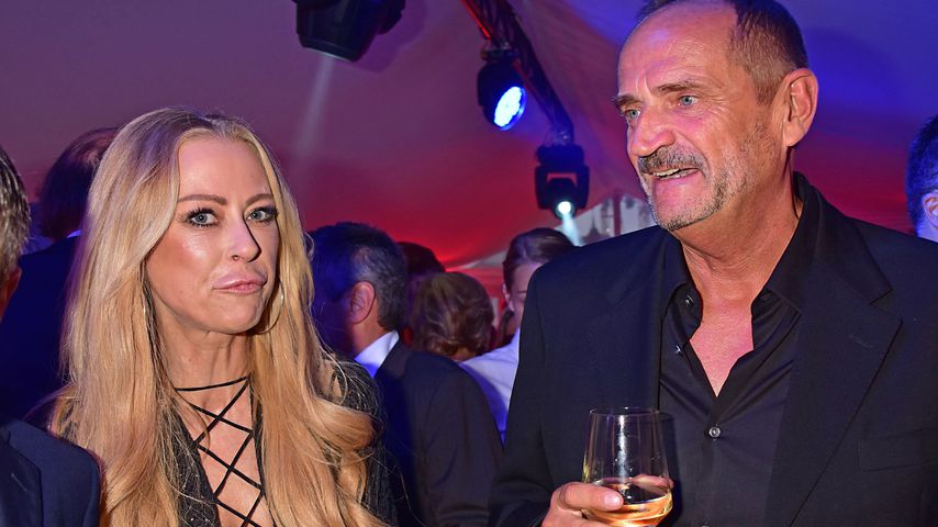 Jenny Elvers und Goetz Elbertzhagen auf der Bertelsmann Party 2017