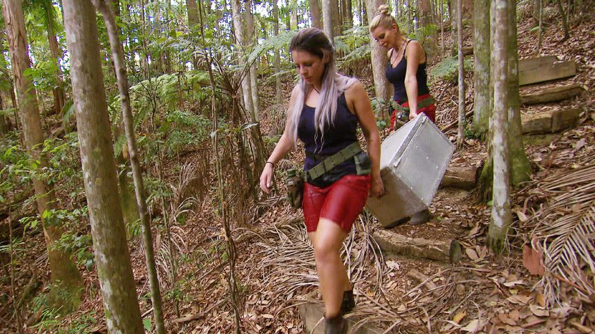 Jenny Frankhauser und Tatjana Gsell in Australien
