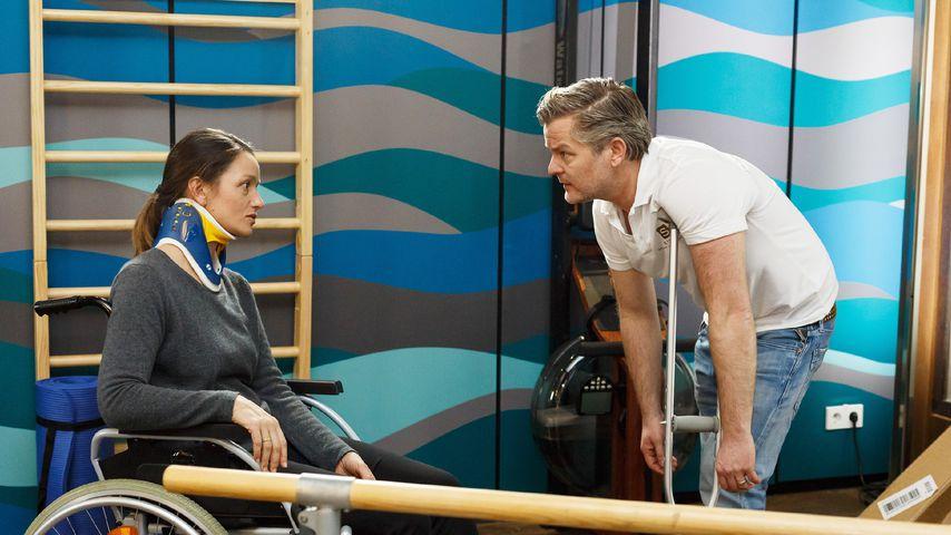 Jenny (Kaja Schmidt-Tychsen) und Ingo (André Dietz) bei AWZ