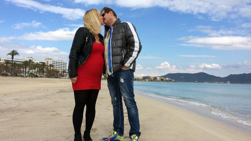Zwillings-Bauch XXL: Mallorca-Jens stolz auf schwangere Dani