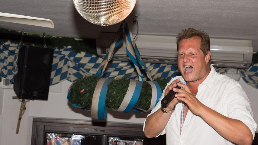 Jens Büchner bei einem Auftritt in Krümels Stadl im Juni 2017