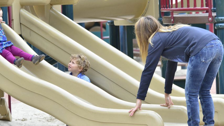 Spielplatz-Spaß: Jessica Alba und ihre süßen Kids