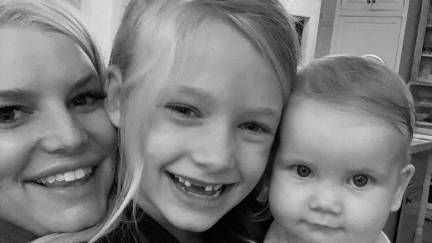 Jessica Simpson mit ihren Töchtern Maxwell Drew und Birdie Mae im Oktober 2019