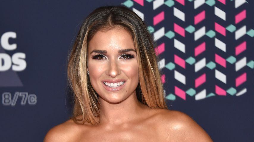 Jessie James Decker bei den CMT Music Awards in Nashville im Juni 2016