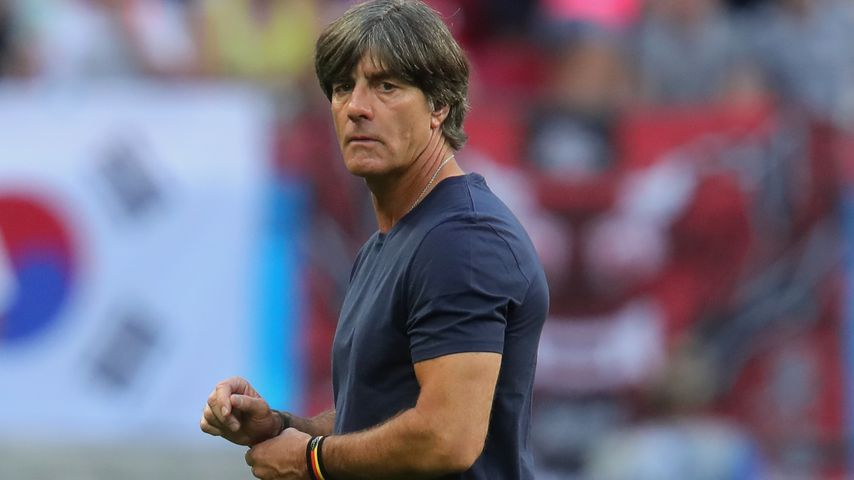 Sportunfall: Joachim Löw muss in Klinik behandelt werden!