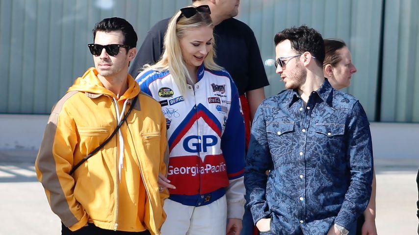 Joe Jonas, seine Frau Sophie Turner und Kevin Jonas in Barcelona im Februar 2020