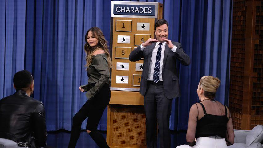 John Legend, Chrissy Teigen, Jimmy Fallon und Chelsea Handler spielen Scharade